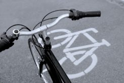 Groźny wypadek z udziałem rowerzysty!
