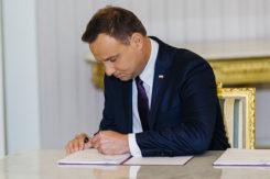 Prezydent podpisał ustawę zakazującą handel w niedzielę