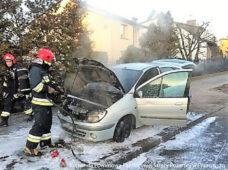 Pożar samochodu osobowego.