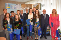 Nagrody dla najlepszych uczniów i statuetka ,,Samorządowca 20-lecia'' dla Starosty