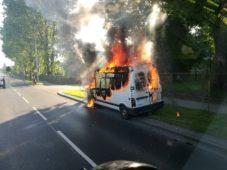 Pożar samochodu przy ul.Wojska Polskiego