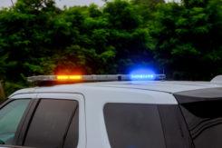 Policjanci zatrzymali prawo jazdy 80-letniemu kierowcy, który potrącił dwie piesze.