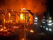 Pożar budynków gospodarczych