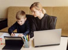 Wsparcie komputerowe dla szkół od samorządu Mazowsza