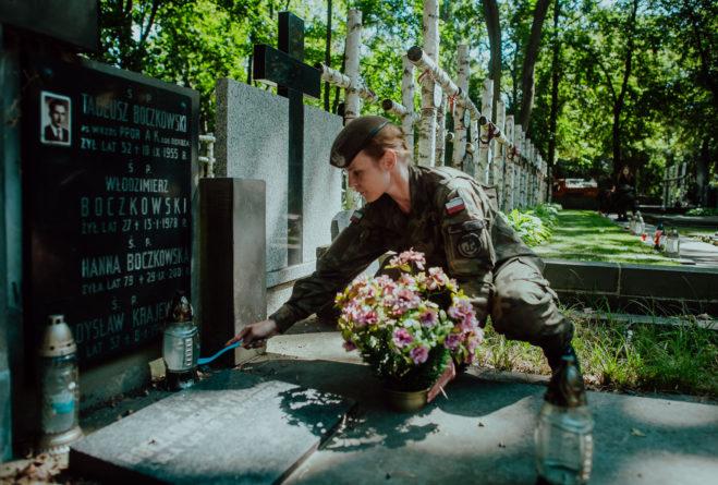Żołnierze pamiętają o bohaterach Powstania Warszawskiego