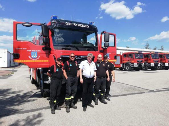 Nowy wóz strażacki dla OSP Rydzewo
