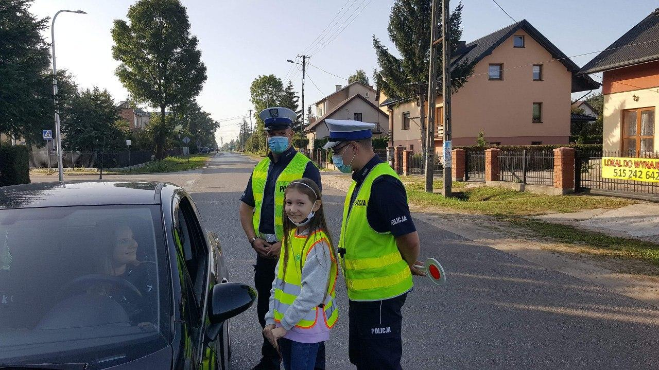 """Działania profilaktyczno- prewencyjne Policji pod nazwą """"ŚWIEĆ PRZYKŁADEM!"""""""