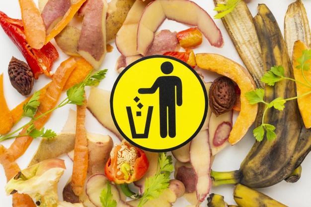 Czy marnowanie jedzenia to tradycja taka sama jak malowanie pisanek?