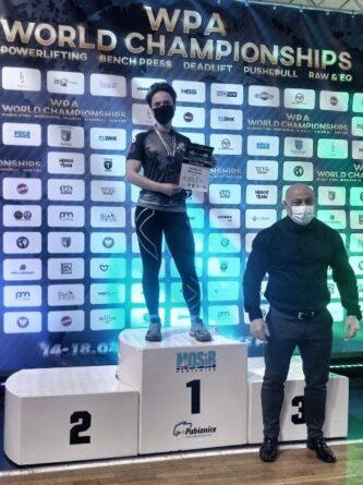 Szer. Małgorzata Bartosiak z 5 Mazowieckiej Brygady OT mistrzynią świata w trójboju siłowym.